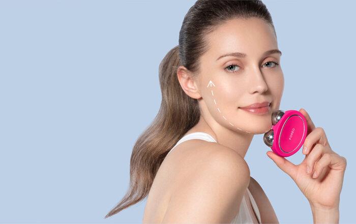 Le micro-courant stimule les muscles du visage