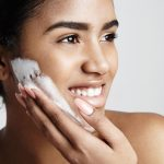 What's the Best Way to Cleanse My Skin in the Morning vs at Night?