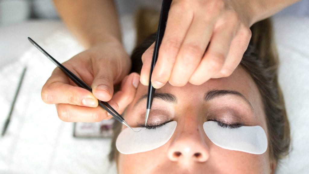 Eyelash Extensions Pros And Cons Mysa