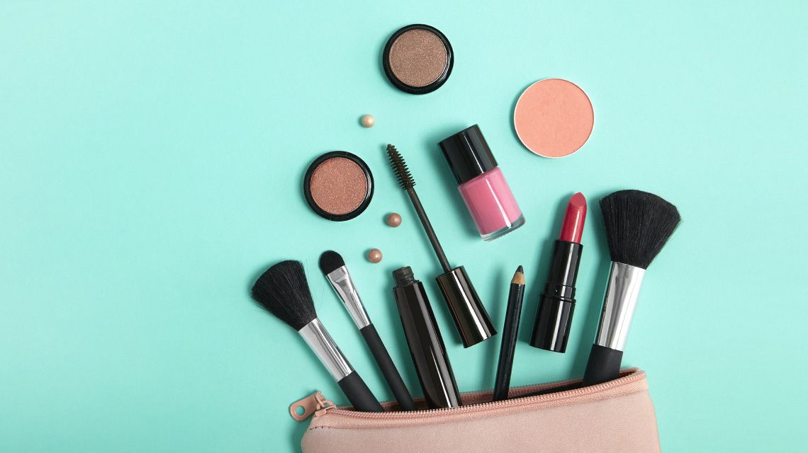 Non Toxic Makeup 101 Staying Safe In The Beauty World