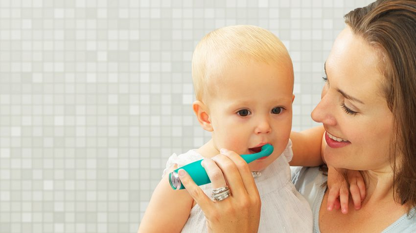 4 different baby teething remedies to try at home
