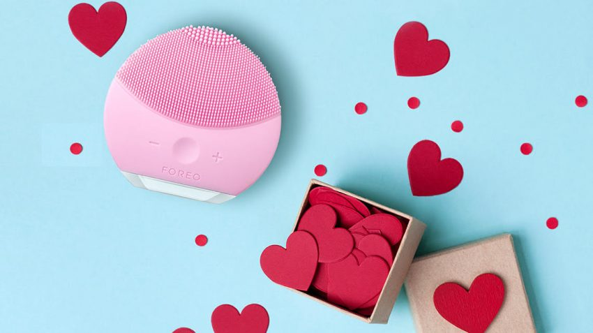 Pink FOREO LUNA mini 2 with hearts Valentine's gift guide