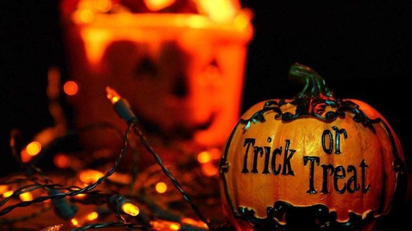 Trick or treat pumpkin on fairy lights